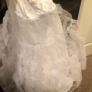 Wedding dress slips